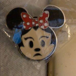 Minnie Mouse Disney Pin